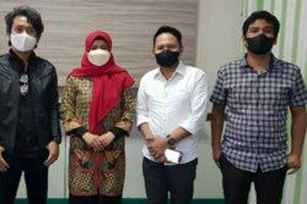 Wabup Maros Suhartina Bohari bersama pengurus PAPPRI Sulsel